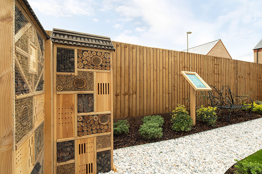 Simple ways to create a wildlife friendly garden